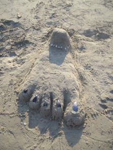 "Note to self: Anyone who can build a sand ""foot"" can learn to use gratitude the right way"